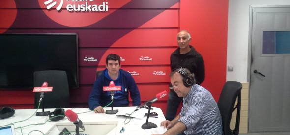 Roge Blasco kazetariarekin Radio Euskadin